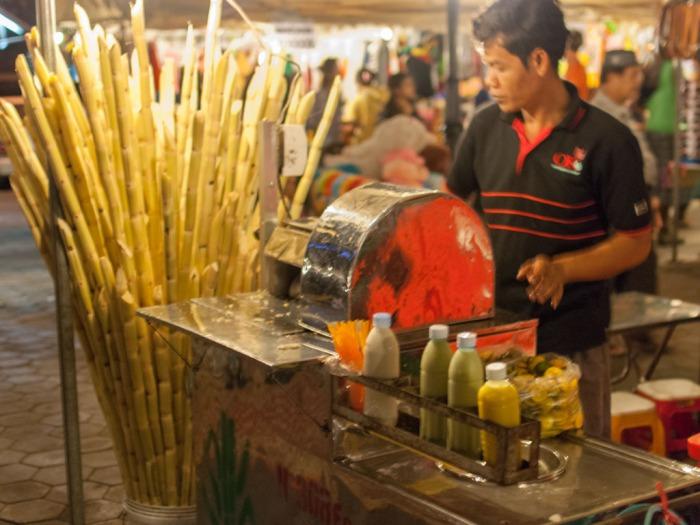 phnom-penh-night-market-cambodia-c-fresh-sugar-cane-juice