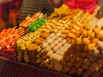 phnom-penh-night-market-cambodia-e-various-processed-meats-on-skewers