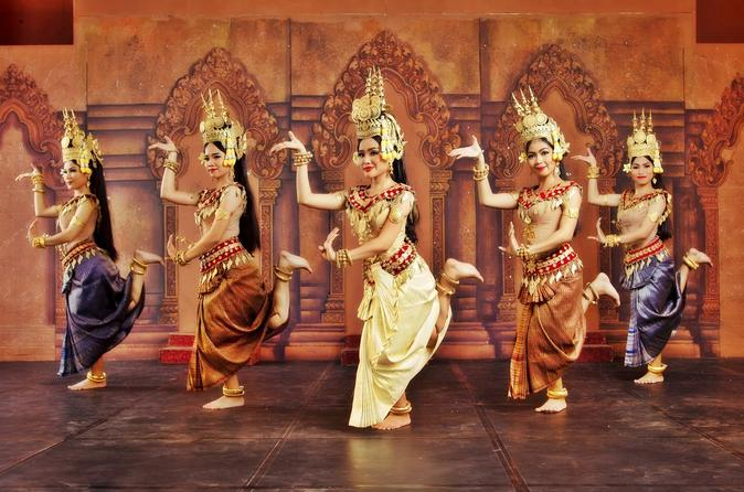 traditional-dance-show-in-phnom-penh-322500